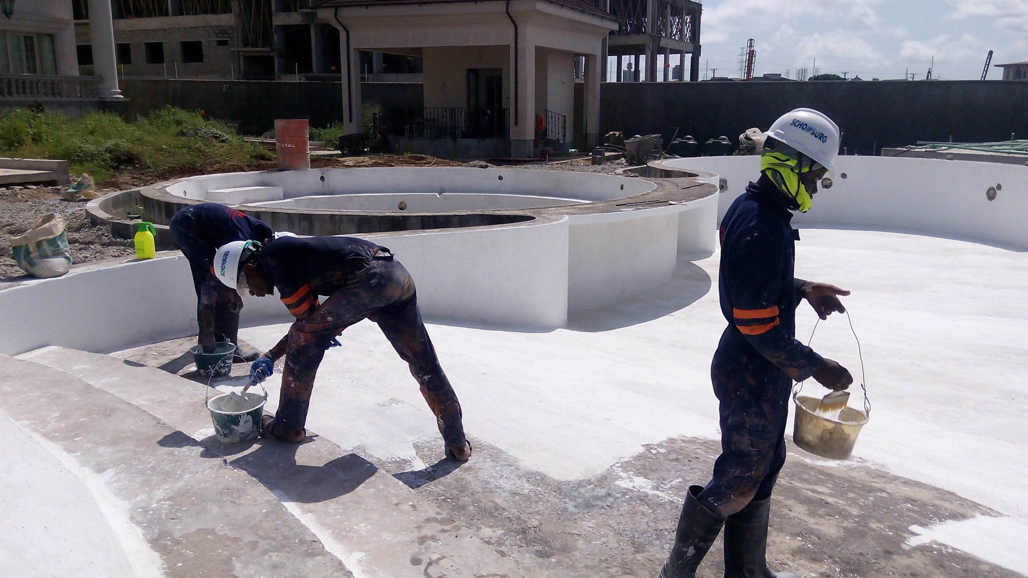 اعمال مواد آببندی به روی سازه